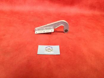 Piper   Gear Door Hinge PN 46652nge PN 46652