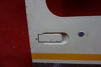 Piper  PA-28 RH Cabin Door(EMAIL OR CALL TO BUY)