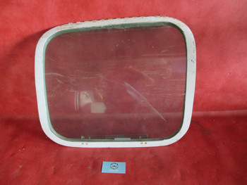 Beechcraft 35, 55, 58, T-42A RH Cabin Emergency Exit Window PN 35-410291-147