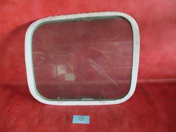 Beechcraft 35, 55, 58, T-42A RH Cabin Emergency Exit Window PN 35-410291-147