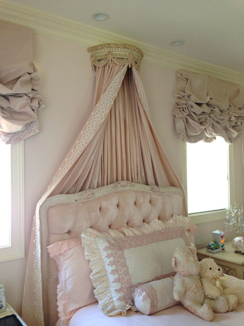 Bed Crown shown in Pink and cream