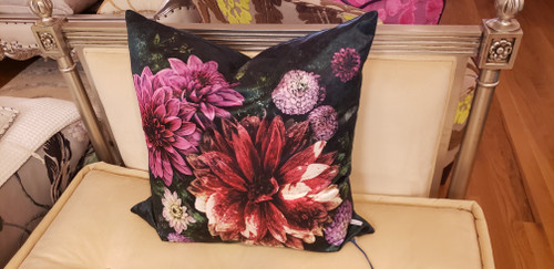 DAHLIA NOIR FUCHSIA DECORATIVE PILLOW