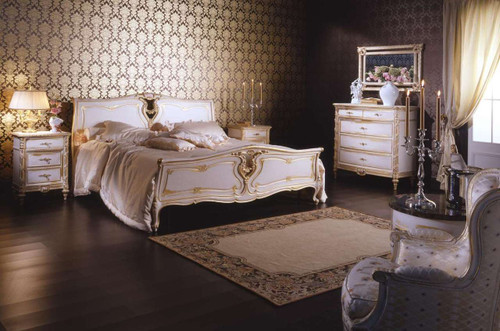 Louis XVI Bed, white and Gold