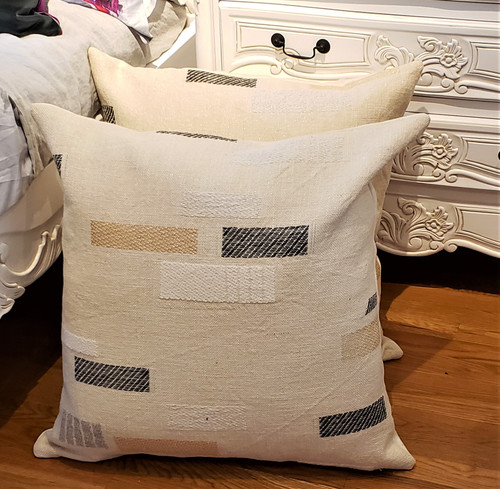 Glam Linen Throw Pillow