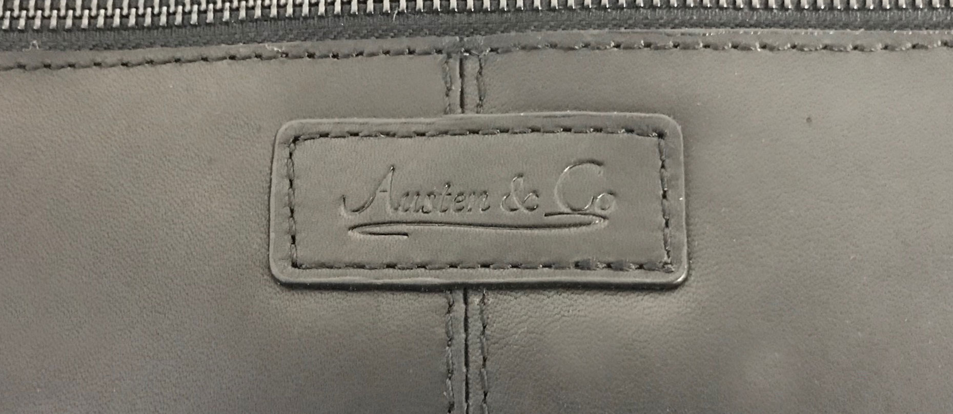 Black Wash Bag Austen & Co Logo