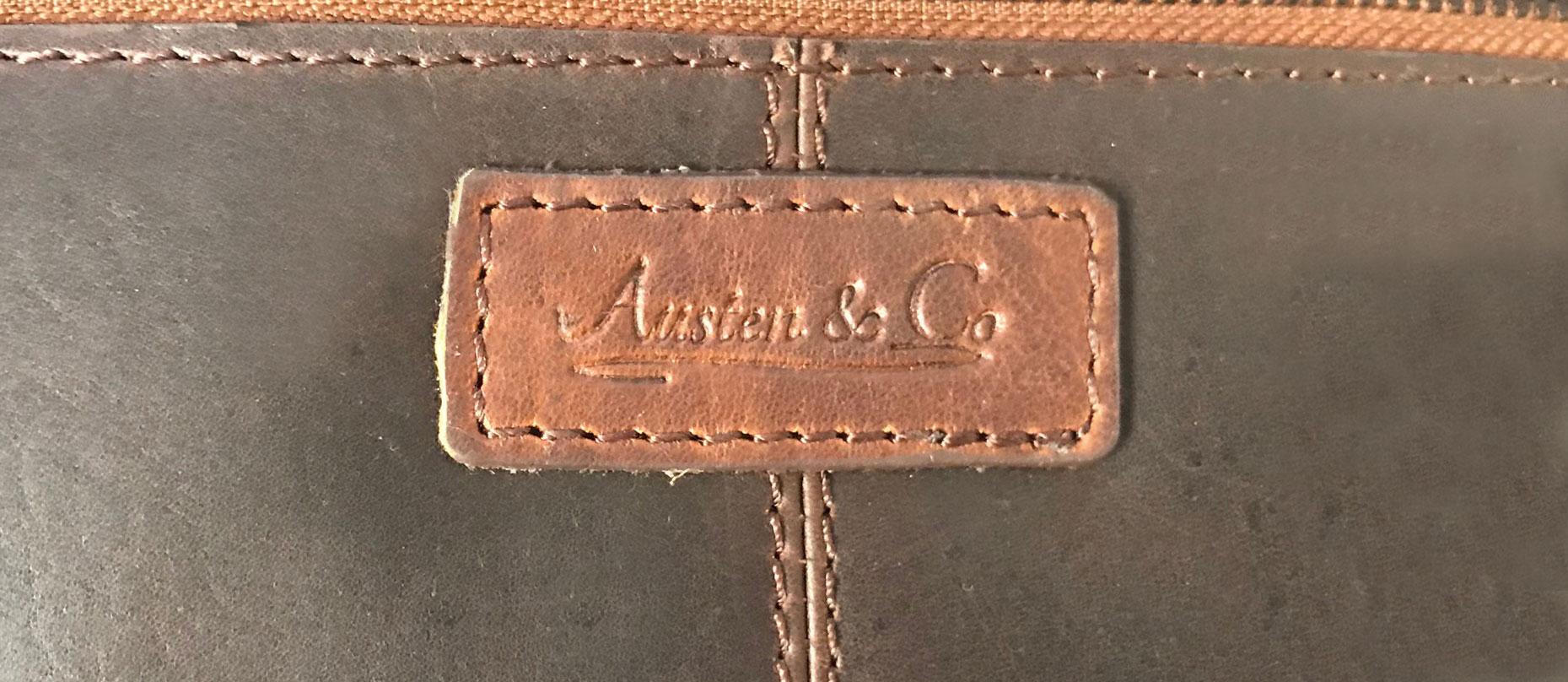 Black Wash Bag Austen & Co Logo