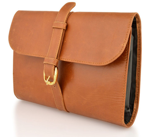 Woodland Leathers Buckle Wash Bag