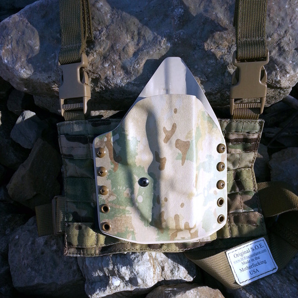 Custom Kydex Drop Leg Holster - ATACs FG w/Multicam Panel