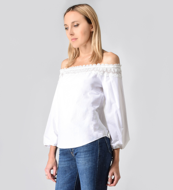 ROI Off the Shoulder Lace Back Shirt in White