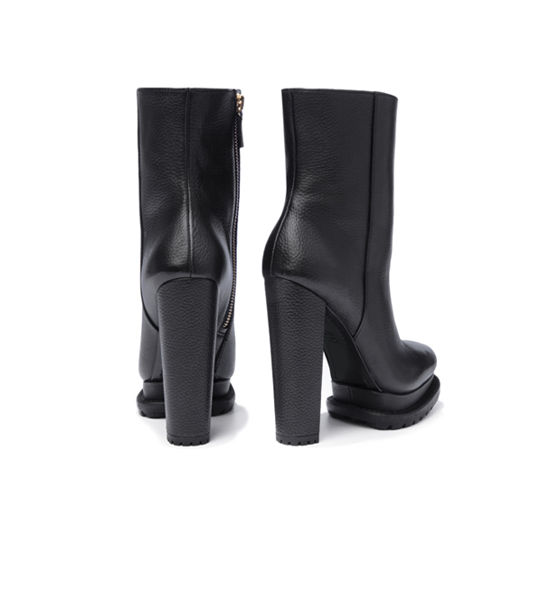 Alice + Olivia Holden Boot in Black