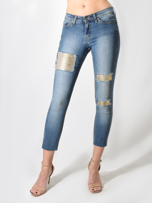 X1https://cdn11.bigcommerce.com/s-3wu6n/products/31311/images/99850/JET_gold_patch_jeans__93040.1544483281.244.365.jpg?c=2X2