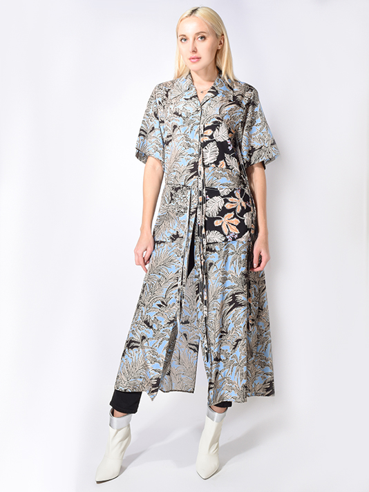 X1https://cdn11.bigcommerce.com/s-3wu6n/products/31363/images/100277/patchwork_camp_shirt_4__82418.1547265501.244.365.jpg?c=2X2