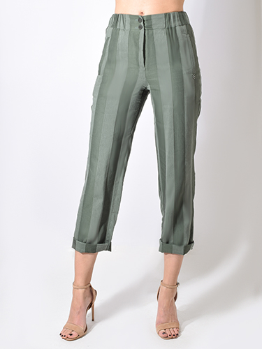 X1https://cdn11.bigcommerce.com/s-3wu6n/products/31446/images/100640/striped_garden_pants_back__18558.1549931356.244.365.jpg?c=2