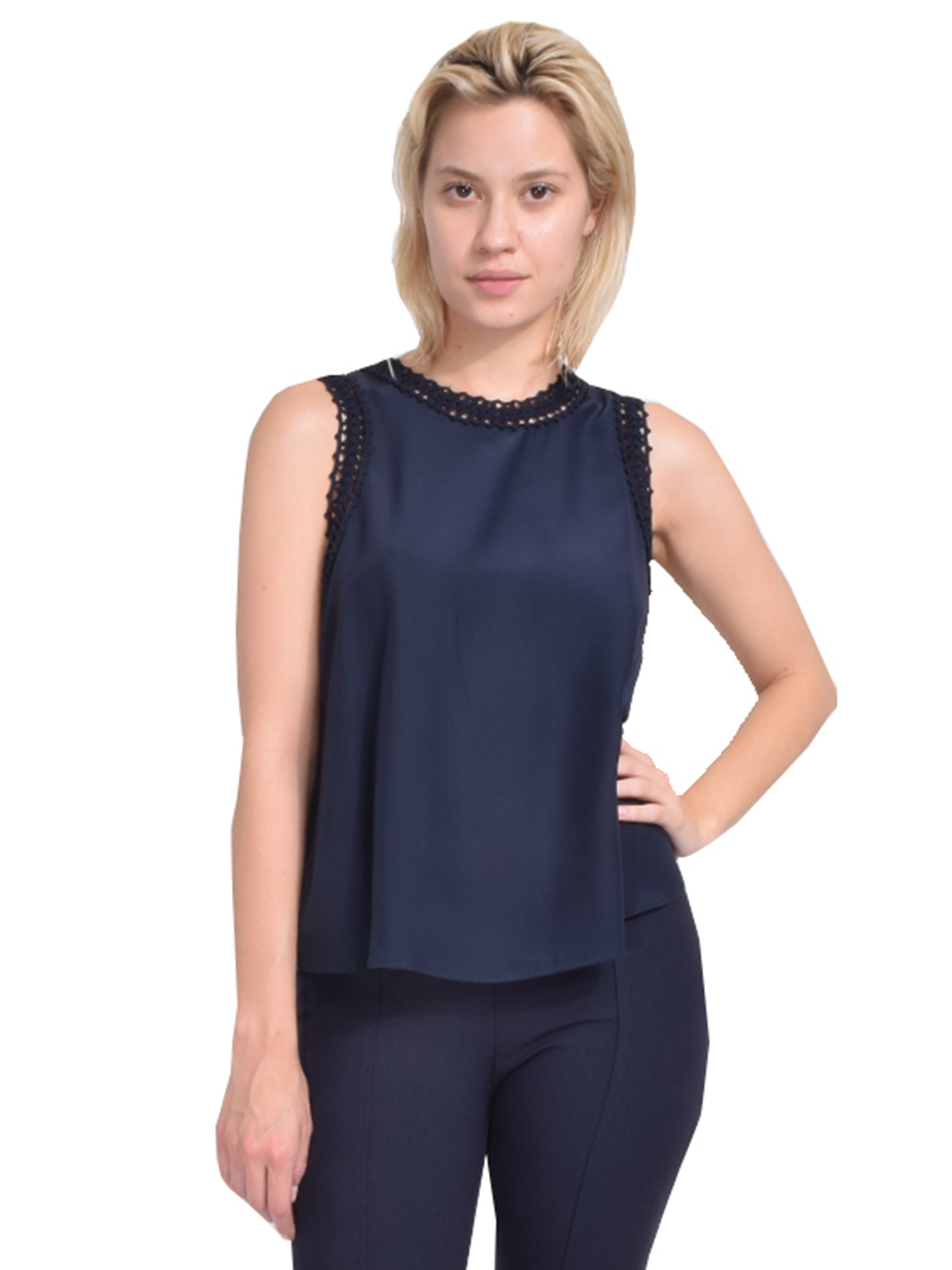 Cinq à Sept Ellina Top in Navy Front View  X1https://cdn11.bigcommerce.com/s-3wu6n/products/33221/images/109593/82__53293.1590631836.244.365.jpg?c=2X2