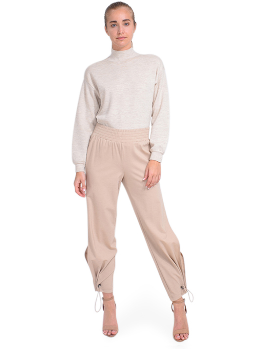 ALICE + OLIVIA Miami Side Slit Jogger in Nude Full Outifit