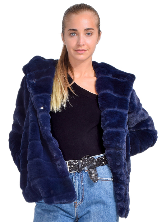 APPARIS Goldie Faux Fur Coat in Navy Front View  X1https://cdn11.bigcommerce.com/s-3wu6n/products/33699/images/111750/DSC_0475_Full__92947.1610594575.244.365.jpg?c=2X2