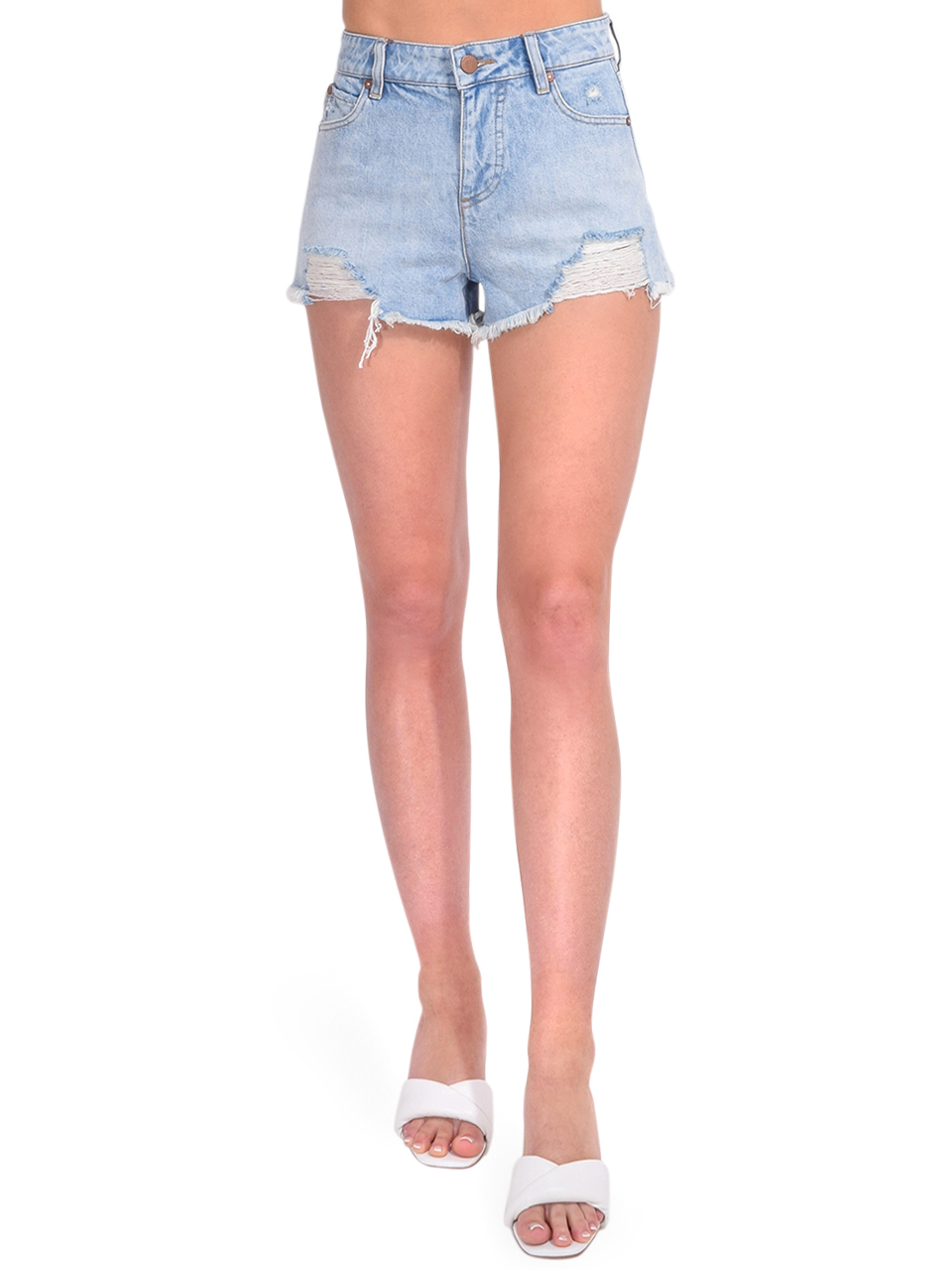 ALICE + OLIVIA Amazing High Rise Vintage Short Front View  x1https://cdn11.bigcommerce.com/s-3wu6n/products/33805/images/112325/DSC_0873_Full__32030.1616458244.244.365.jpg?c=2x2