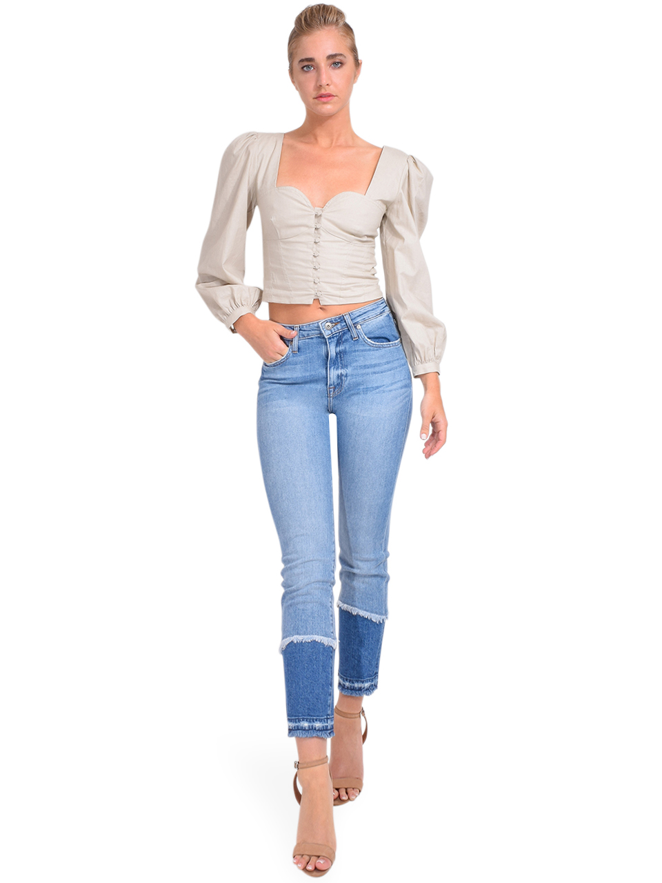 River Straight Leg Jean in Cayucas Light Wash Full Outift