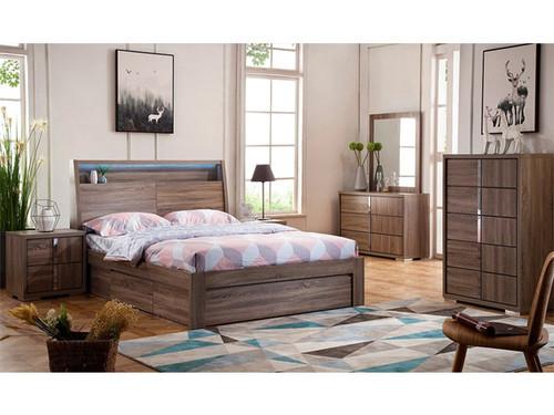 Boston Double Bedroom