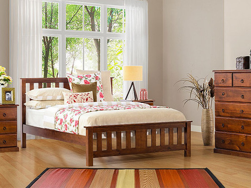 Carrington King Bed in Golden Oak