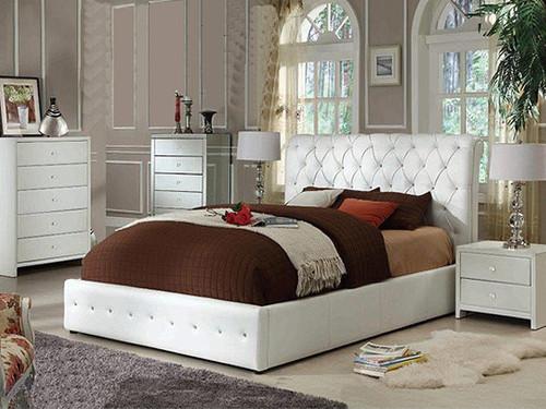 Diamenti Queen Bed in White