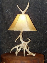 Using Antler Lamps To Compliment Rustic Home Furniture