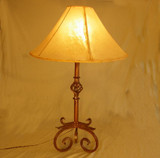 Using Rawhide Country Lampshades to Enhance Rustic Style Decor