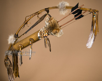 Antiqued Bow and Coyote Face Quiver Set