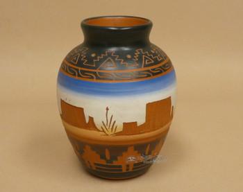 American Indian Navajo Pottery Vase