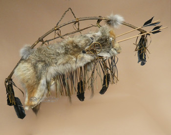 Old Style Coyote Bow & Quiver Set