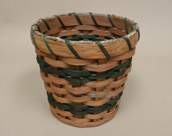 Handmade Amish Utensil Basket - Round (EM60)