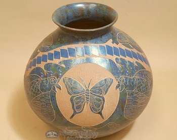 """Mata Ortiz Etched Butterfly Pottery Vase 9.5"""" - Lupe Soto"""