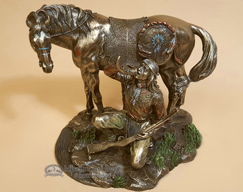 """Rustic Southwestern Bronze Statue 8.5"""" - Apache Drinking Water With Horn"""