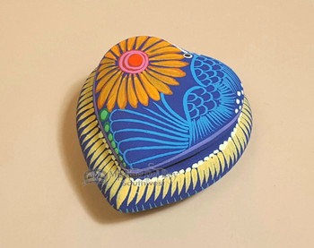 Hand Painted Jewelry Box with Lid on