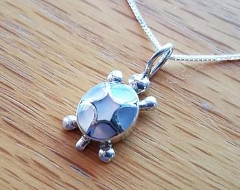 "Native American Silver Pendant Necklace 18"" -Turtle"