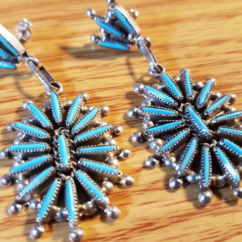 Native American Turquoise Needle Point Earrings -Zuni