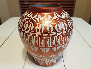 Etched Navajo Indian Horse Hair Vase