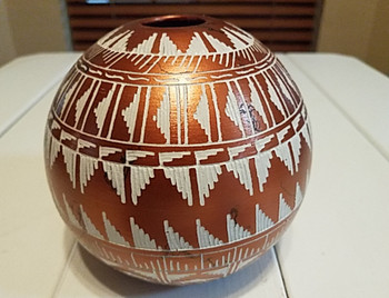 """Native American Etched Horse Hair Seed Pot 5.5"""" -Navajo"""