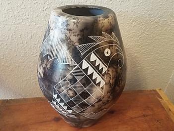 Native American Navajo Etched Horse Hair Vase