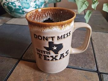 Don't Mess With Texas Drip Edge Mug 16oz. -Tan