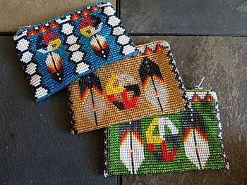 Bulk beaded coin purse in assorted colors with designs