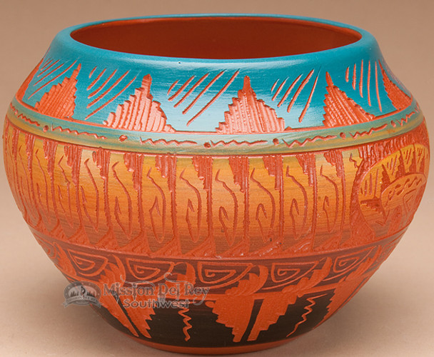 Indian Pottery Etched Clay Vase 4.5 -Navajo (p324)