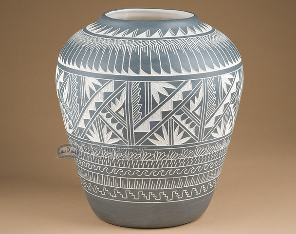 """Etched Native American Acoma Pueblo Vase 12"""" (76)"""