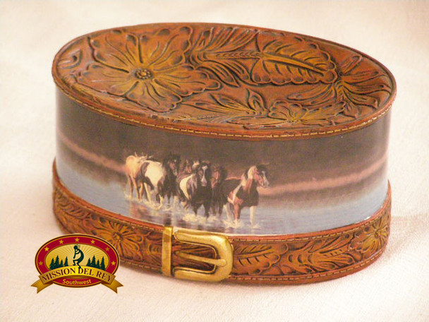 Western style soap dish.