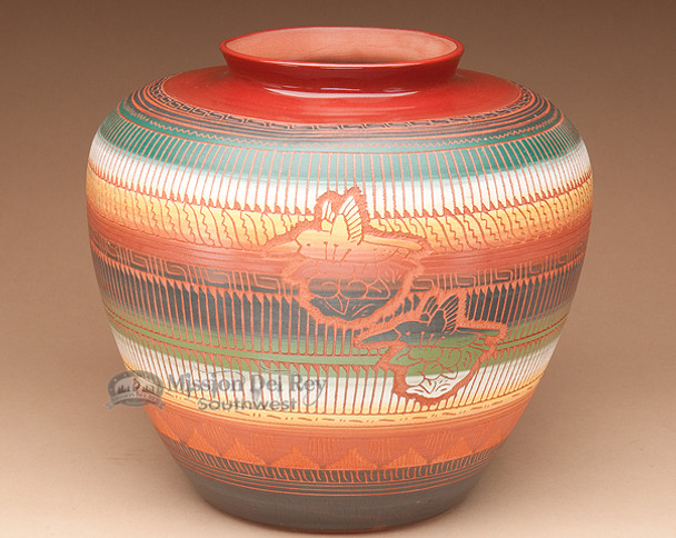 """American Indian Navajo Etched Pottery Vase 9""""x9"""" (T12)"""