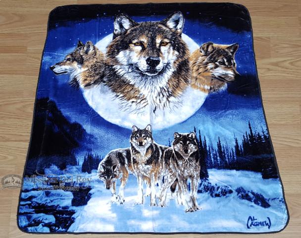 Native Style Luxury Plush Blanket - Wolf Clan