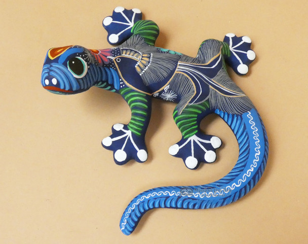 Hand Painted Pottery Lizard