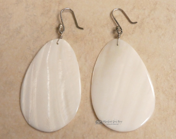 Santo Domingo Pueblo Shell Earrings