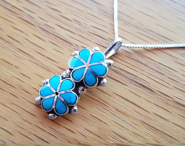 "Native Silver Pendant Necklace 18"" -Flowers"