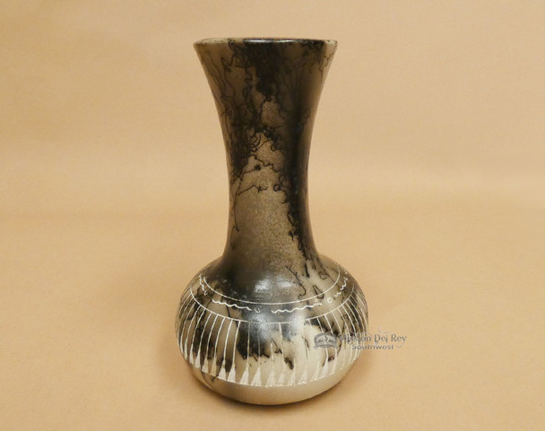 Etched Native American Navajo Horse Hair Pottery Vase